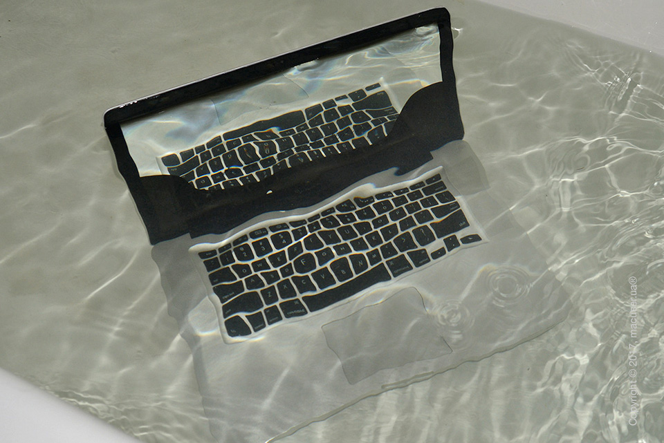 Замена комплектующих ноутбука после залития в Санкт-Петербурге
