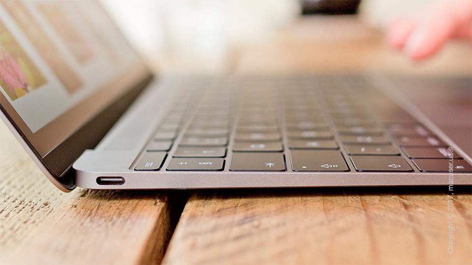 Залипание кнопок на MacBook 12