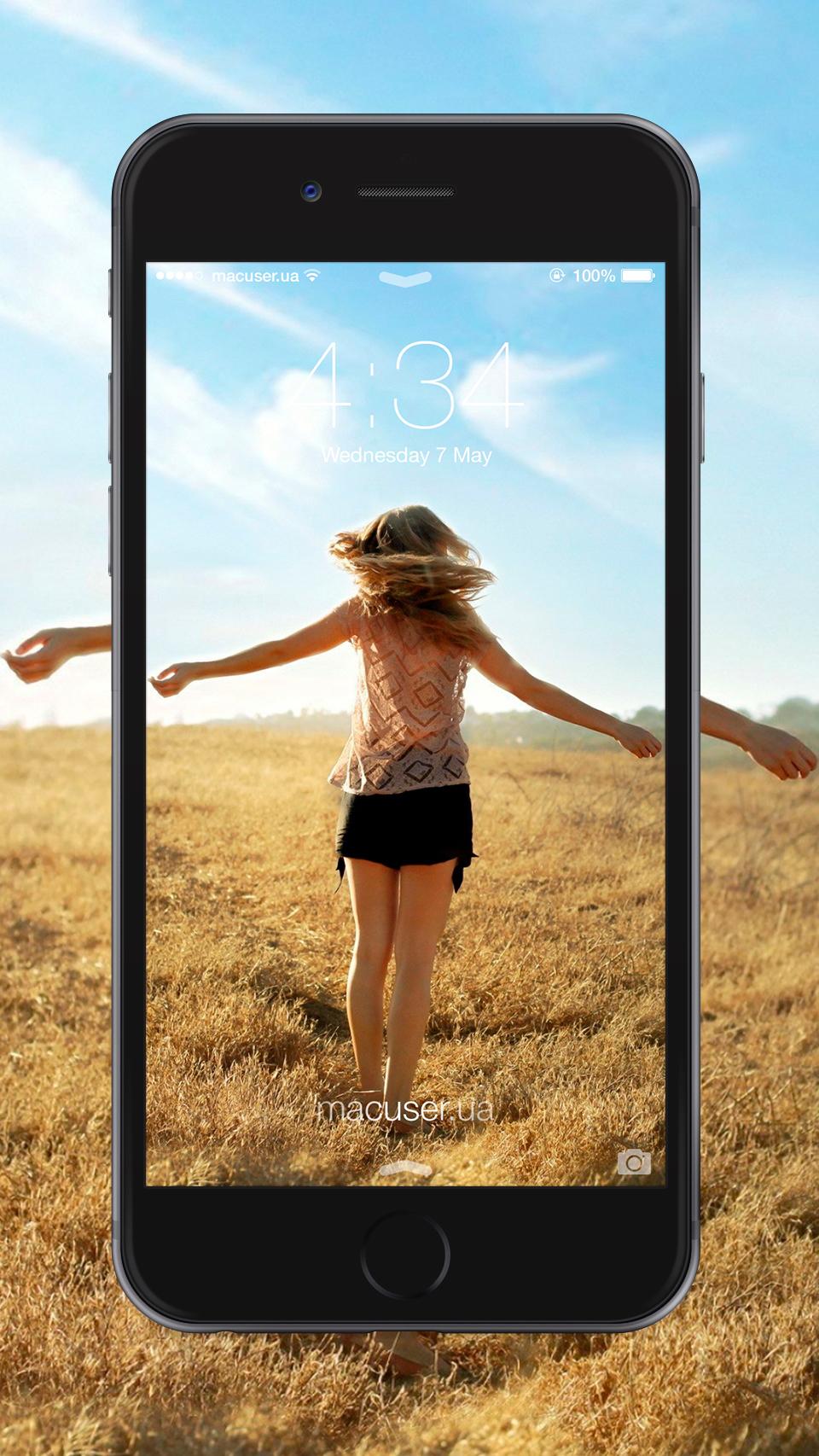 Обои девушка в поле