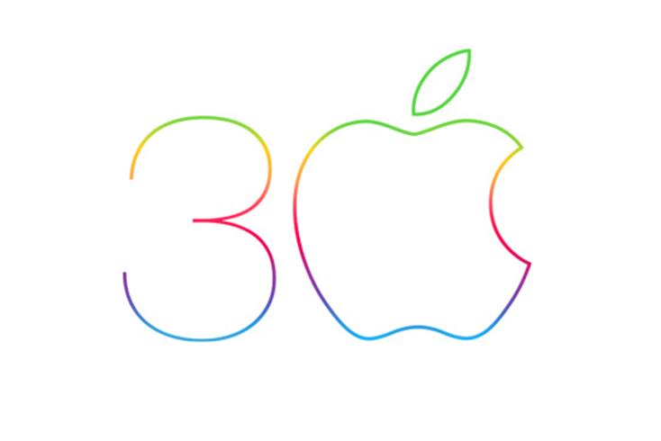 Поздравляем Macintosh с 30-летним юбилеем!