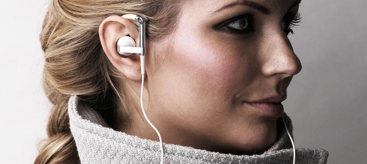 Bang & Olufsen Earset 3i и Earphones A8 - гарнитура и наушники для Apple