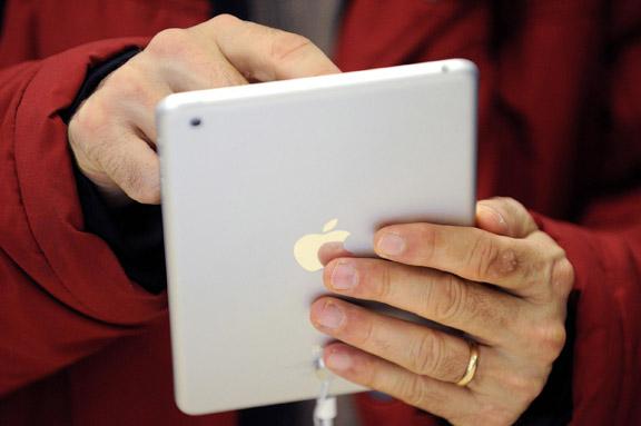 Церковь мормонов объявила, что ее миссионеры переходят на iPad mini