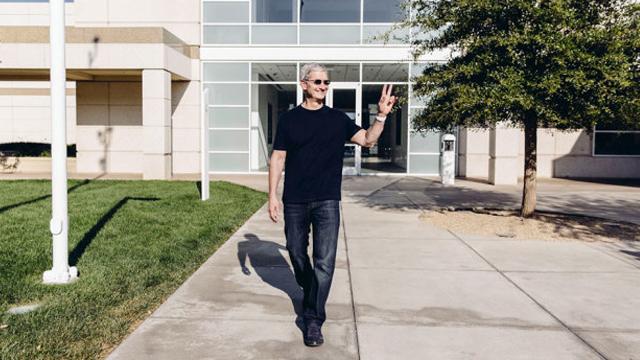 Тим Кук рассказал об Apple Watch и новой культуре компании