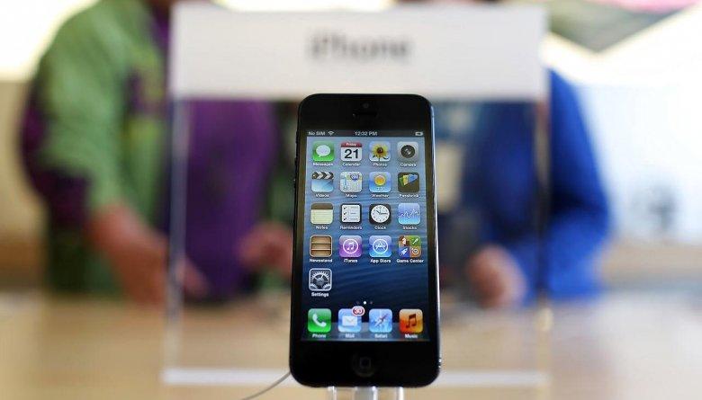 Apple планирует снять с производства iPhone 5!