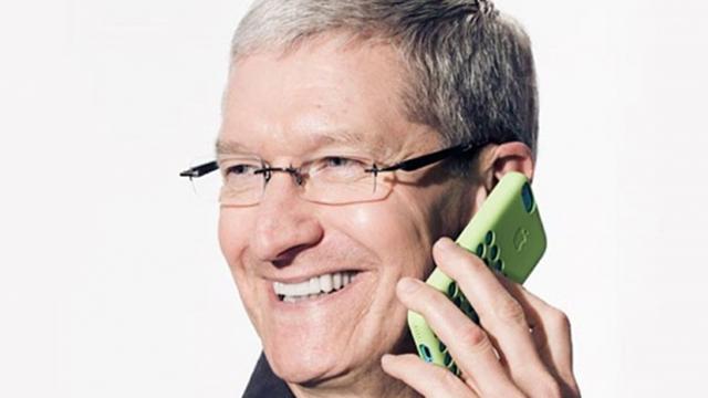 Apple прекратит выпуск iPhone 5c в 2015 году