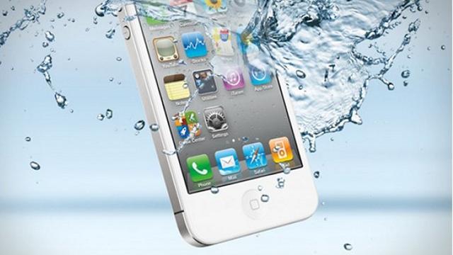 Что делать, если iPhone или iPad упал в воду?