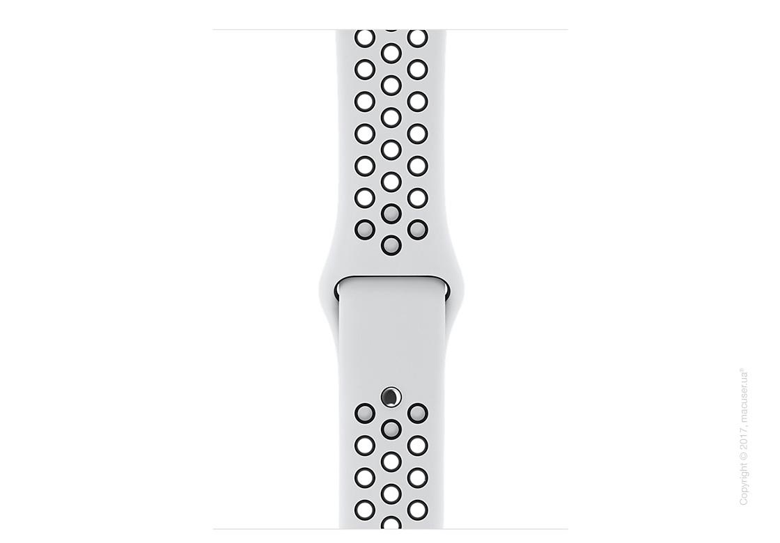 Apple Watch Series 3 GPS + Cellular 38mm Silver Aluminum Case со спортивным ремешком Nike цвета «чистая платина/чёрный»