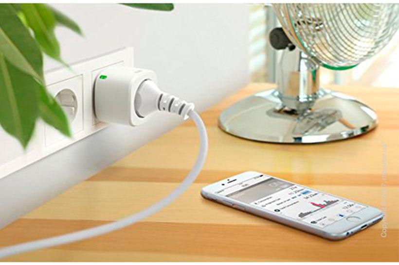 Умная розетка Elgato Eve Energy HomeKit