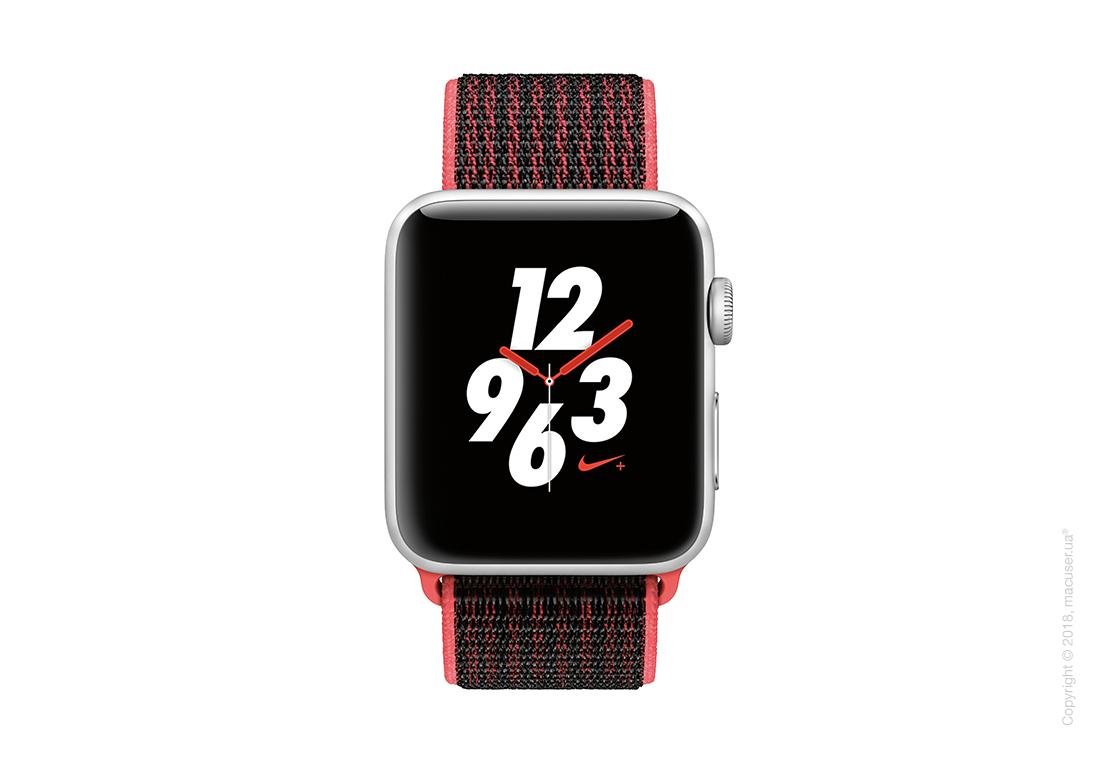 Apple Watch Series 3 GPS + Cellular 38mm Silver Aluminum Case со спортивным ремешком Nike цвета «малиновый/чёрный»